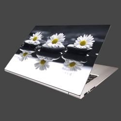 Nálepka na notebook - Tri sedmokrásky