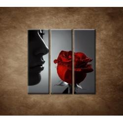 Obrazy na stenu - Žena s ružou - 3dielny 90x90cm