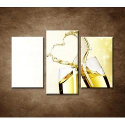 Obrazy na stenu - Srdce z vína - 3dielny 75x50cm