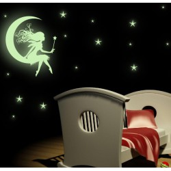 Svietiaca víla na mesiaci a hviezdy