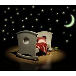 Svietiace hviezdy s mesiacom