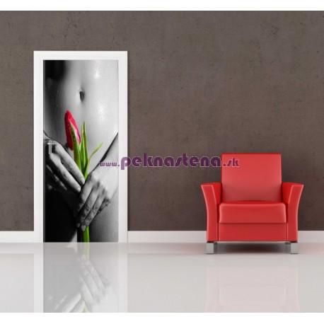 Nálepka na dvere - Žena s kvetom