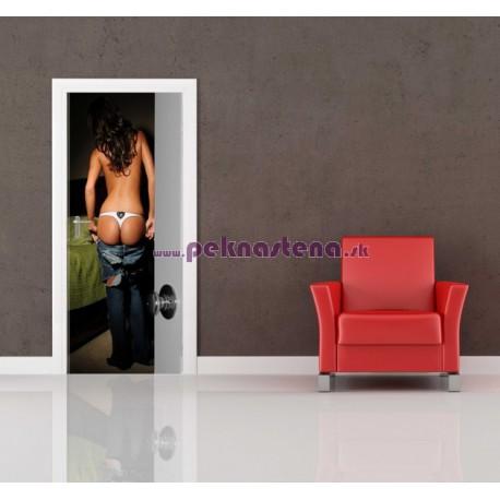 Nálepka na dvere - Žena v spálni